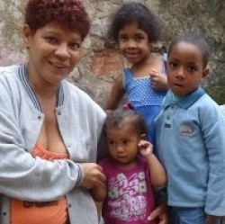 A research and social mobilisation experience in a low-income Brazilian community - Early Childhood Matters